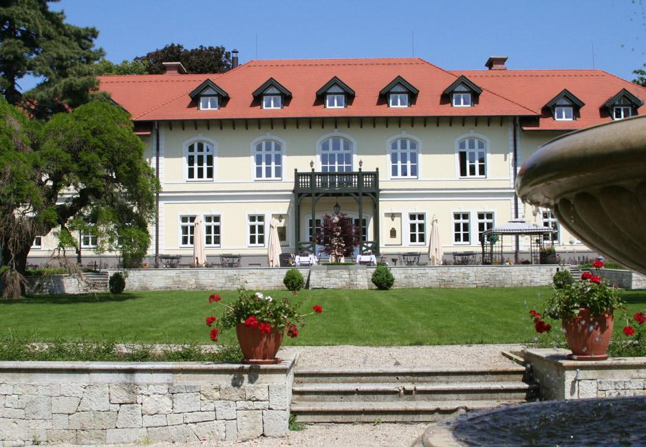 Grof Degenfeld Hotel