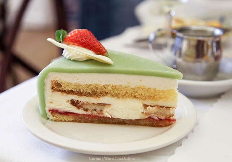Andersens Marzipan Cake
