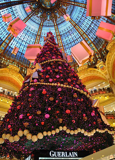 Paris Christmas Tree