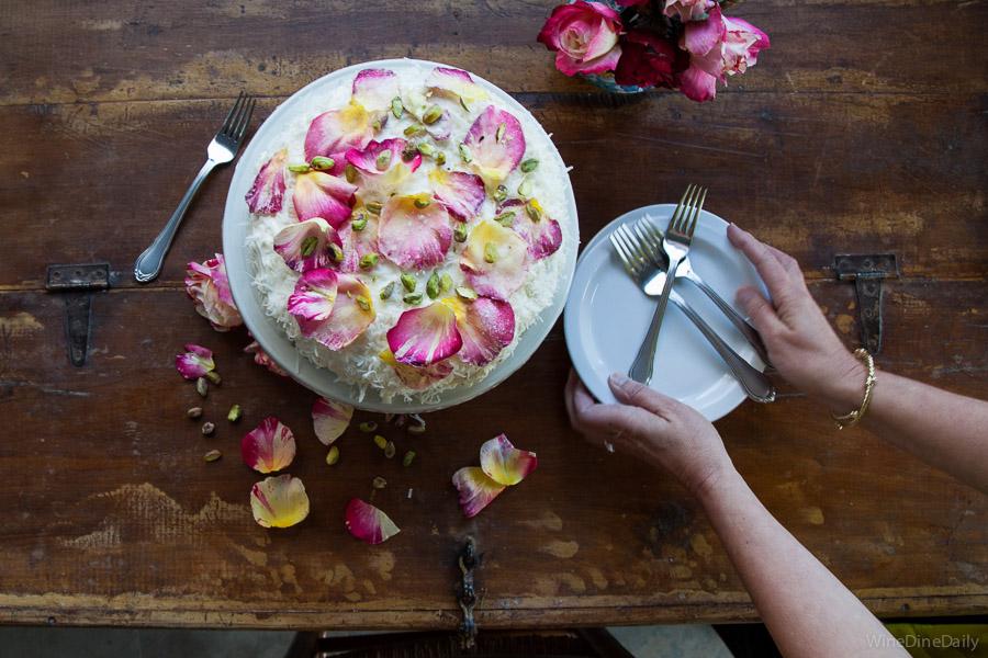 Coconut Cake Serve Plates