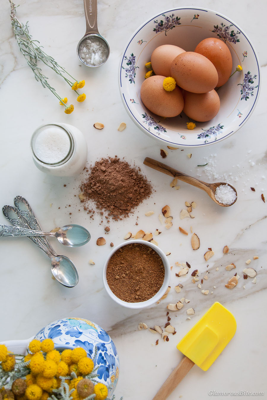 Chocolate Almond Gelato Ingredients
