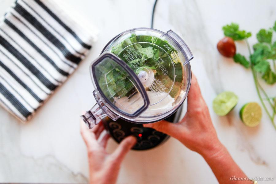 How to make Avocado Crema