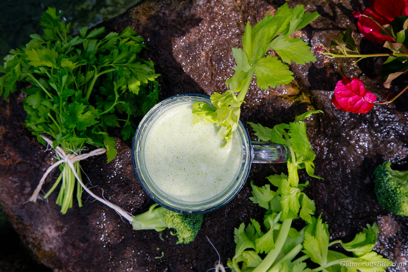 How to make Perfect Green Smoothie Recipe