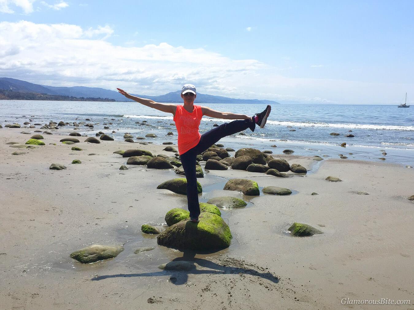 Extended Hand-To-Big-Toe Yoga Pose Utthita Hasta Padangusthasana